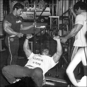 mike mentzer hypertraining